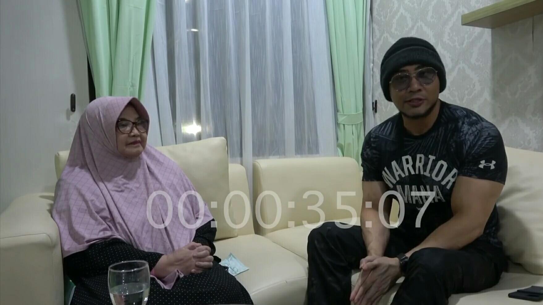 Deddy Corbuzier dan Siti Fadilah